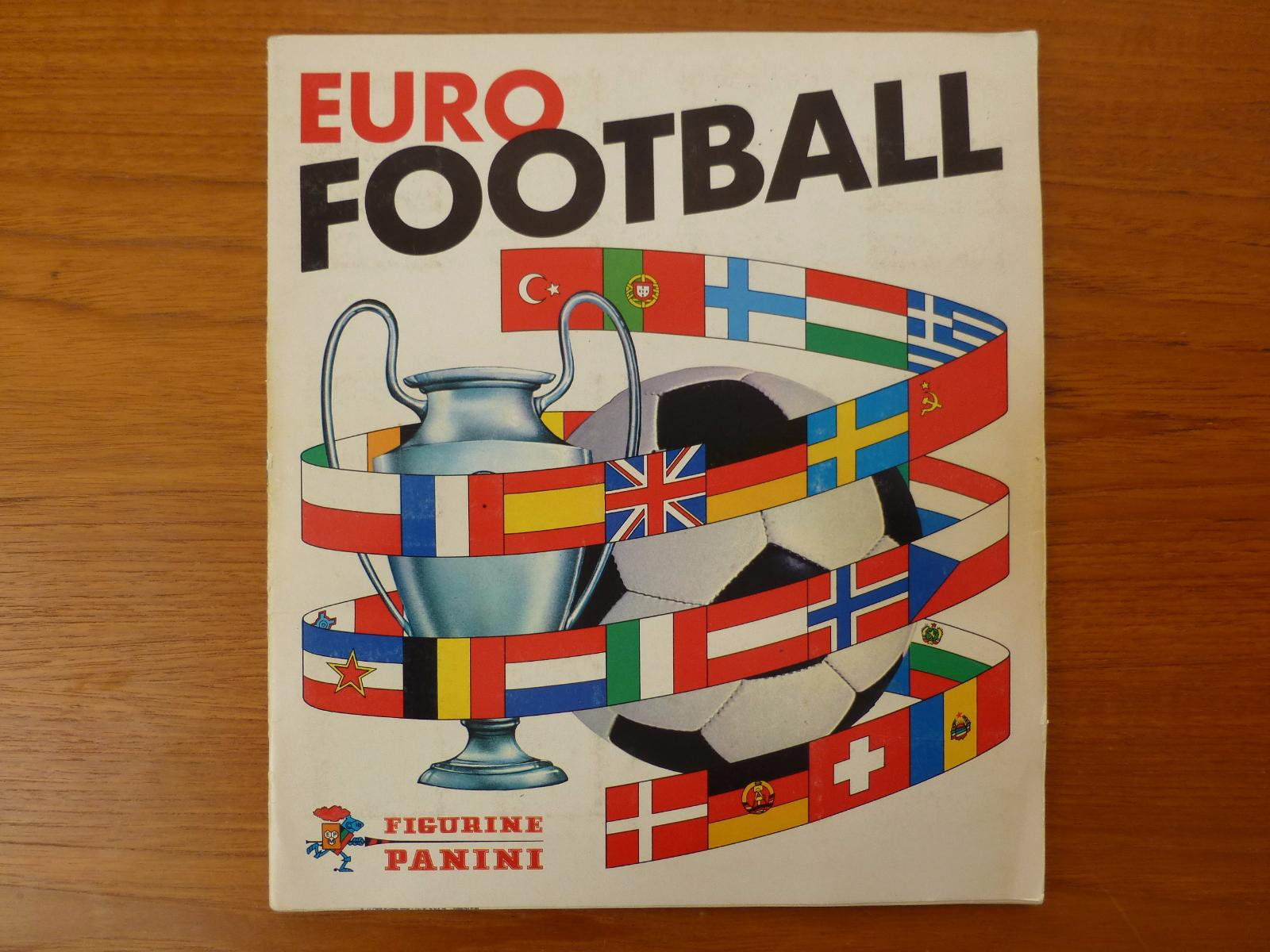 Panini Euro Football 76/77 Complete Album (04)