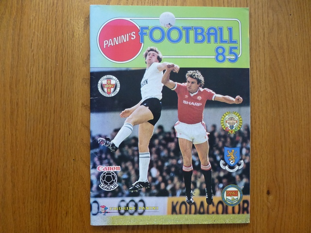 Panini Football 85 Empty Album (02)